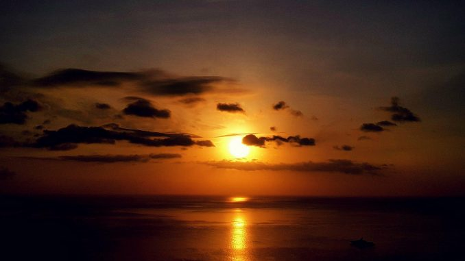 Koh Samui Weather - A Sunset over a beach in Koh Samui, Thailand